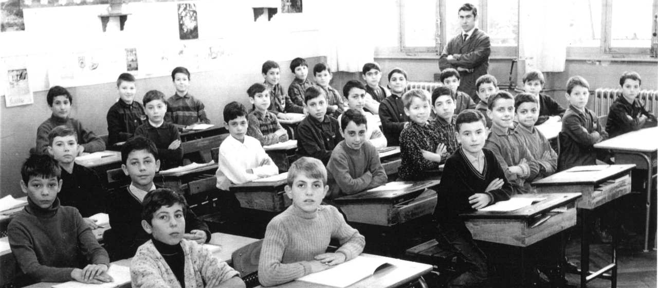 Une classe d'école à Vénissieux dans les années 1970